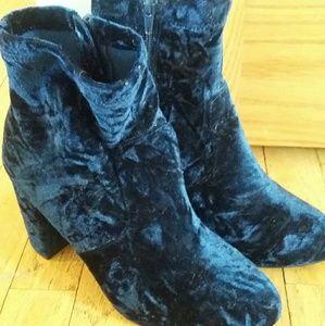 Lane Bryant blue velvet boots! 8W